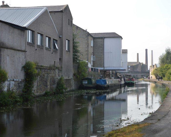 warehouseboats01